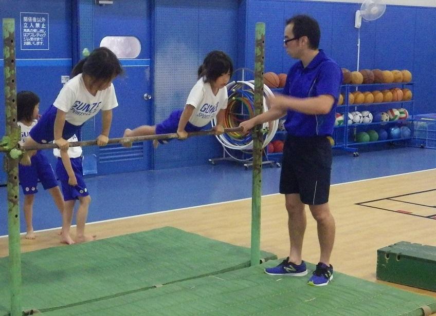 体操学童A